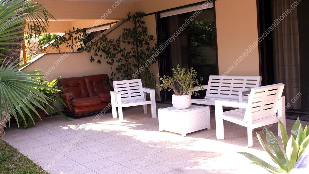 Villa in vendita a Noicàttaro, 8 locali, prezzo € 510.000 | CambioCasa.it