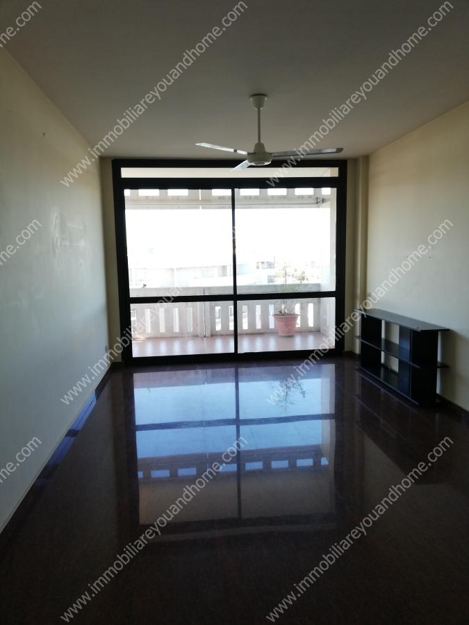 Affitto appartamenti bari appartamento via matarrese 3 for Appartamenti arredati in affitto bari